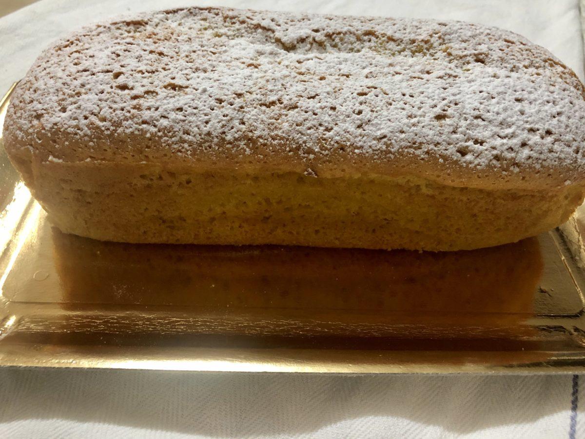 Plum-cake al limone senza latte e burro